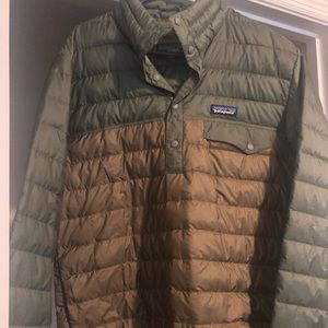 Men's Patagonia puffer pullover small